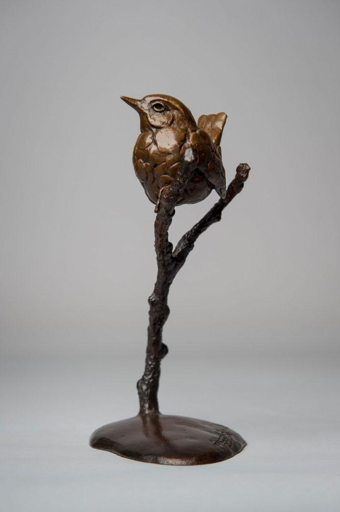 Bronze sculpture of a Wren bird by artist Anthony Smith