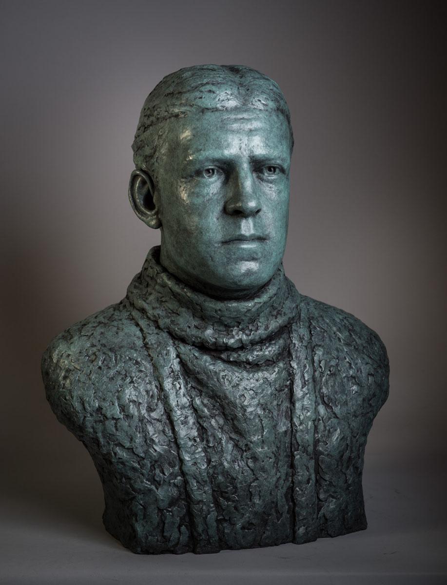 Bronze portrait bust sculpture of polar explorer Sir Ernest Shackleton by artist Anthony Smith